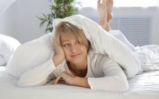 Можно ли во время беременности на ранних и поздних сроках спать и лежать на животе, с какой недели нельзя и почему? Почему беременным нельзя спать на животе и как сделать отдых комфортным