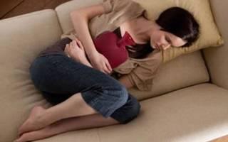 Мазня при беременности во время предполагаемых месячных. Причины появления выделений. Что становится причиной мазни на раннем сроке беременности сразу после зачатия